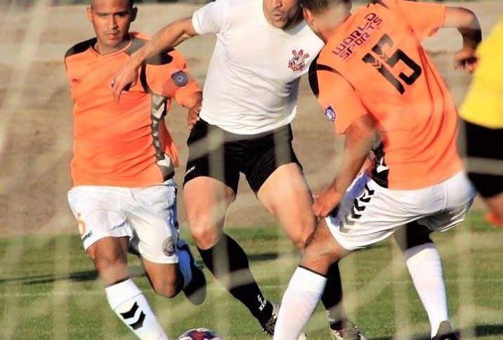 O jogador Douglas Buscarini, em atuação pelo Corinthians USA