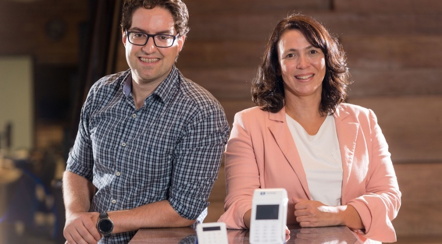 Fabiano Camperlingo e Mariana Lazaro, da SumUp: empresa tem foco no microempreendedor