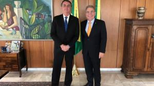 Bolsonaro é aconselhado a sinalizar doação mundial de vacinas para 2022