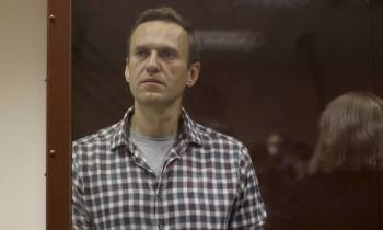 De acordo com o grupo de oposição Open Russia, aliados de Navalny foram detidos horas antes de Vladimir Putin fazer discurso anual sobre estado da nação