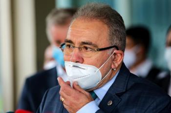 """""""Mudou o ministro, mas precisa mudar a posição do presidente. Queremos ter oportunidade de convencer Bolsonaro,"""" disse Wellington Dias (PT)"""