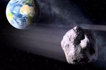 """Apesar de ter sido classificado como """"potencialmente perigoso"""" pela Nasa, devido ao tamanho e à proximidade, não há risco de colisão com a Terra"""