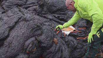 Durante estudos do vulcão em atividade, pesquisadores acharam maneira inusitada de fazer lanche sem sair do local de trabalho
