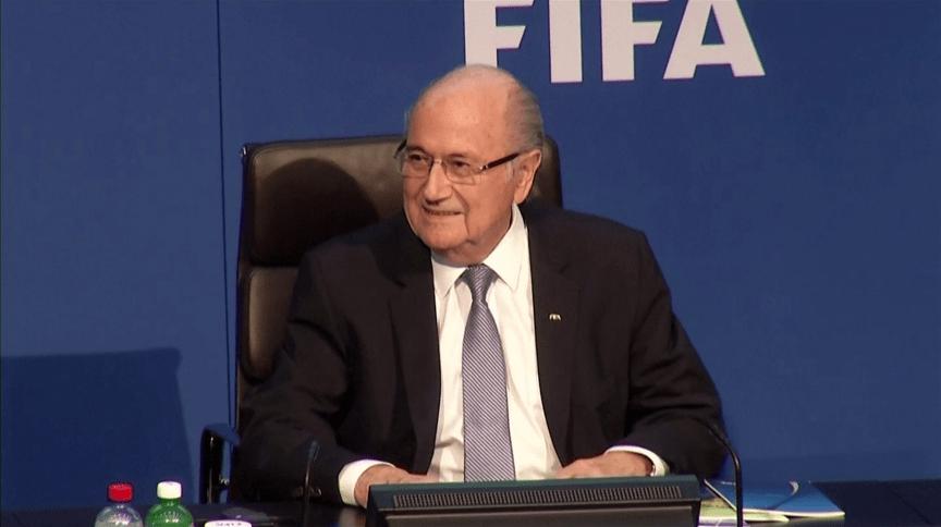 Joseph Blatter, ex-presidente da Fifa,foi banido do esporte por mais 6 anos e 8 meses
