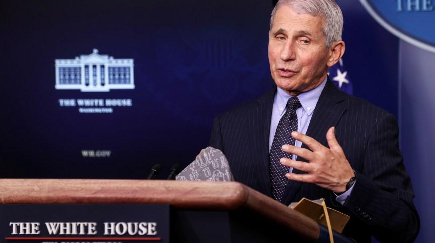 Anthony Fauci, conselheiro de Joe Biden, afirmou que EUA estudam formas de ajudar Brasil no combate à pandemia