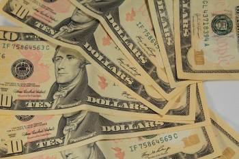 Desvalorização do dólar é consequência dos temores sobre a inflação dos Estados Unidos