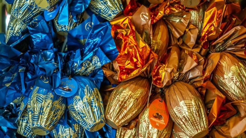 Loja vende ovos de chocolate para a Páscoa