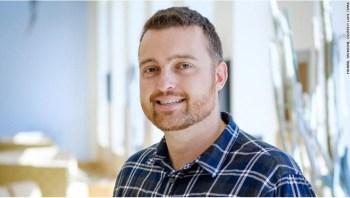 Professor assistente da Western University em Ontário, Canadá, Stark estuda os impactos sociais e éticos da inteligência artificial (IA)