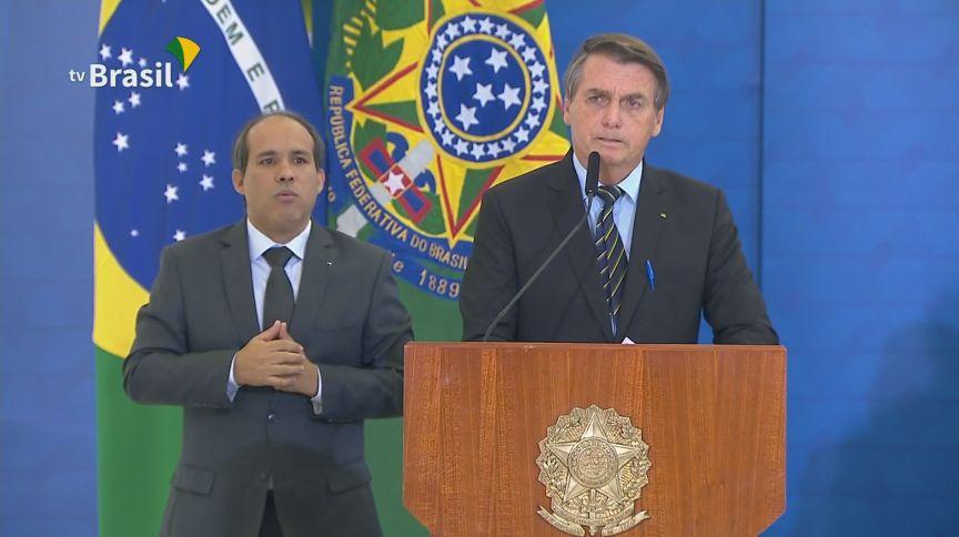 Presidente Jair Bolsonaro (sem partido) durante anúncio de medidas de ajuda a hospitais (25.mar.2021)