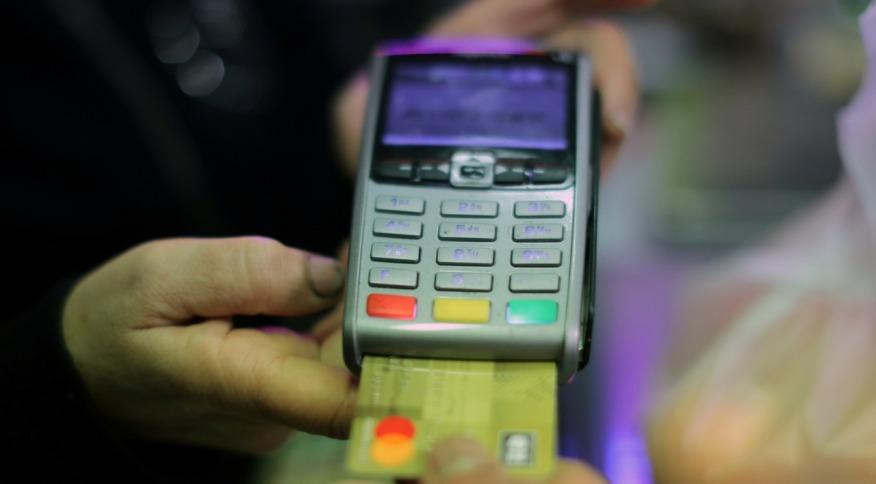 Máquina de pagamento de cartão: pane no sistema da Amazon prejudicou clientes de diversos bancos