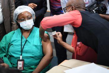 O vírus já matou quase 121 mil pessoas em toda a África e infectou 4,18 milhões