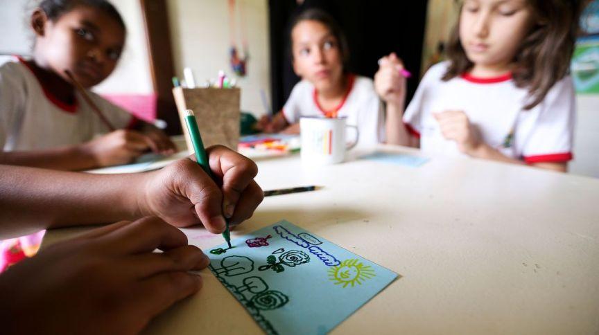 Ministério Público e Defensoria Pública argumentaram que estado e prefeitura continuavam recebendo as verbas do Plano Nacional de Alimentação Escolar, mesmo após suspensão das aulas