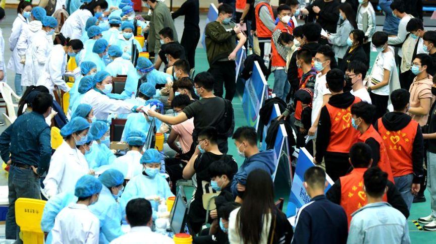 China vacina estudantes universitários contra a Covid-19