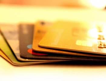 Proposta estabelece um limite de 20% para os juros das dívidas contraídas durante a epidemia nos dois serviços