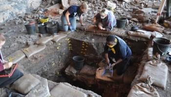 Novo estudo com peças encontradas aponta que o desenvolvimento tecnológico humano pode ter tido origem tanto na costa quanto no centro da África