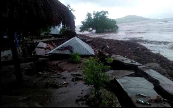 Tempestades geraram enchentes e deslizamento de na Indonésia
