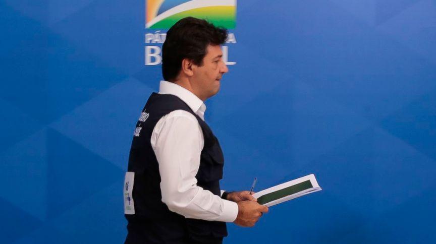 O ministro da Saúde, Luiz Henrique Mandetta, durante a coletiva de imprensa sobre à infecção pelo novo coronavírus. Brasília, 15 de abril de 2020.