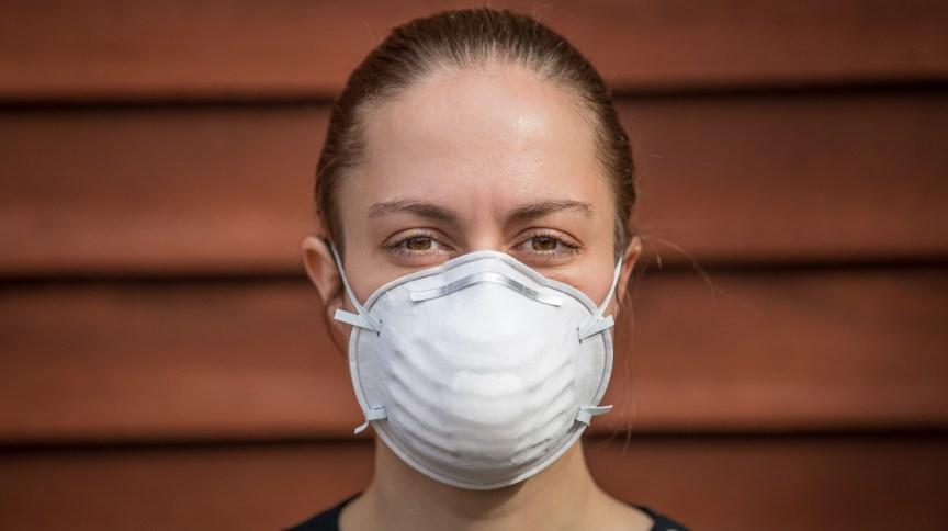 As máscaras N95, também conhecidas pela sigla PFF-2, são consideradas o padrão-ouro para proteção