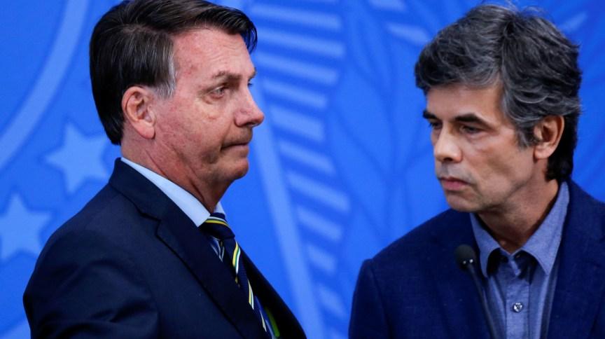 Presidente Jair Bolsonaro e novo ministro da Saúde, Nelson Teich: em posse nesta sexta (17), secretários foram barrados na cerimônia