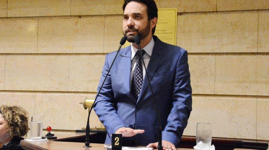 Após a morte do enteado Henry Borel, o vereador Dr. Jairinho ligou para políticos do Rio de Janeiro