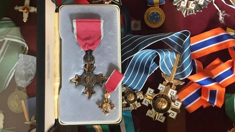 Condecoração ocupa lugar especial na minha vitrine de medalhas