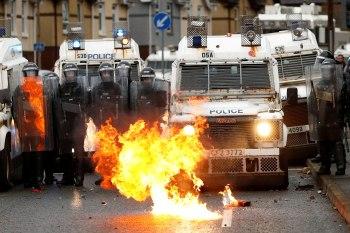 Protestos violentos aconteceram nos últimos dias entre pessoas que apoiam a separação do país do Reino Unido e os que apoiam a manutenção