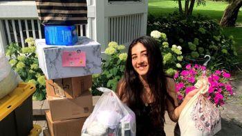 Com um vídeo na rede social, meninas conseguiram doações diversas para mulheres que não têm dinheiro para comprar produtos menstruais