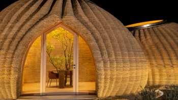O arquiteto Mario Cucinella enxerga um futuro para esse novo tipo de construção mais sustentável, que pode auxiliar países mais pobres a lidar com a moradia