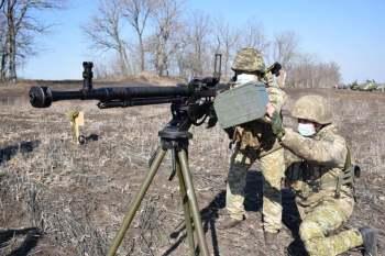 Rússia diz que fará todo o possível para se proteger no caso de uma escalada na Ucrânia; Otan pede que russos parem com provocações e diminuam tensão na região