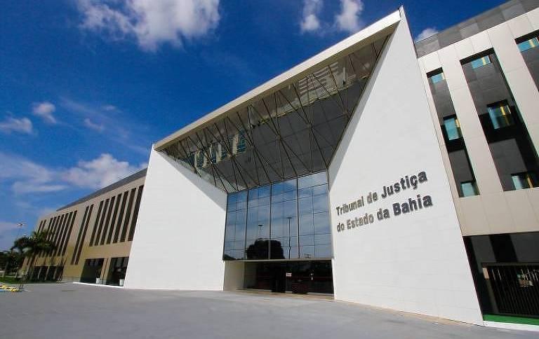 Entrada do Tribunal de Justiça da Bahia, em Salvador: magistrados sob suspeita