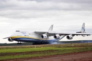Avião gigante da ucraniana Antonov é uma das obras mais impressionantes da história da aviação