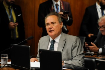 Relator diz que governo tenta intimidar os trabalhos da comissão e 'não tem sequer uma linha de defesa'