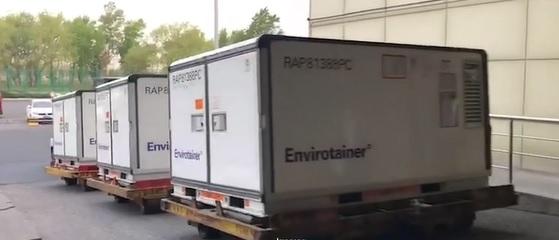 Conteiners especiais de armazenamento transportam 3 mil litros de Insumo Farmacêutico Ativo (IFA)