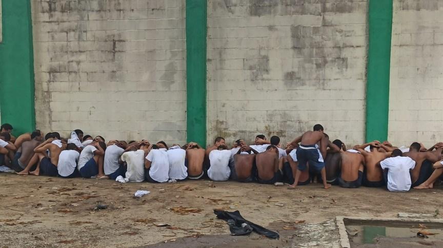 Rebelião em centro socio-educativo de jovens no Rio de Janeiro: três internos teriam fugido durante a confusão