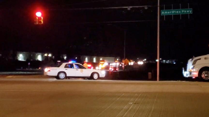 Viatura da polícia após ataque armado em unidade da FedEx em Indianápolis, nos EUA