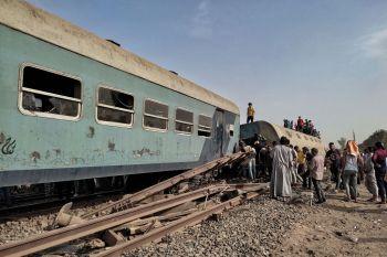 Quatro vagões descarrilaram durante trajeto; este é o terceiro grande acidente de trem que ocorre no país em menos de um mês