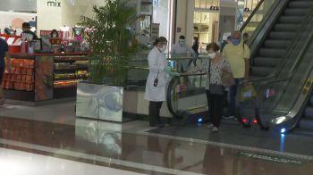Centros comerciais estavam fechados desde o dia 6 de março no estado, por causa da pandemia de Covid-19