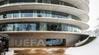 Uefa disse que está iniciando procedimentos disciplinares contra Juventus, Real e Barcelona, que seguem com a intenção de criar a liga dissidente