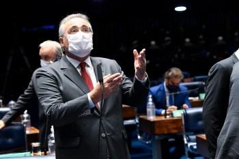 'O juiz mandou a decisão para o presidente do Senado, e que eu saiba quem define o relator é o presidente da comissão', afirmou à CNN o senador do PSD-AM