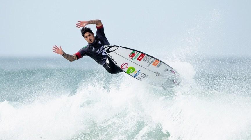 Gabriel Medina na disputa da etapa de Narrabeen, na Austrália