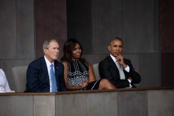 Ex-presidente, que lançou um livro de retratos sobre imigrantes, comentou também sobre necessidade de estabelecer um tom mais respeitoso nos EUA com esse grupo