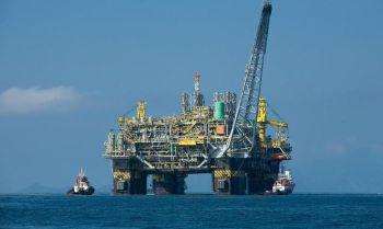 A plataforma será a nona unidade a operar no campo, com capacidade para processar diariamente 225 mil barris de óleo e 12 milhões de metros cúbicos de gás