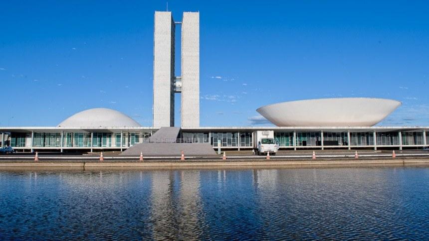 Palácio do Congresso Nacional, onde ficam as cúpulas da Câmara dos Deputados e do Senado Federal