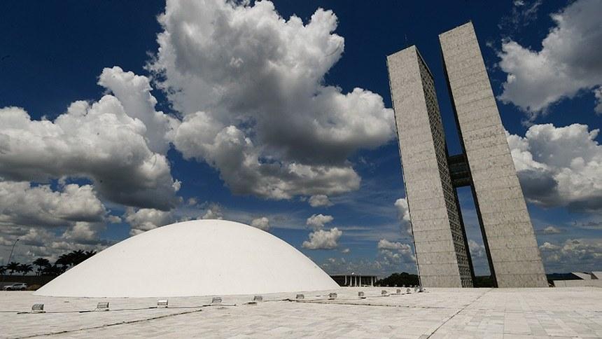 Partidos ocuparão novos cargos no Senado, após eleição