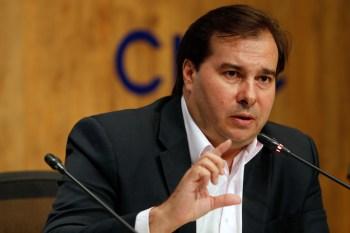 Ex-presidente da Câmara afirma que projetos desmontam política fiscal do Brasil, incluindo teto dos gastos públicos