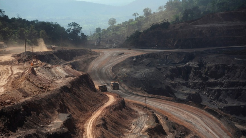 Área de exploração de minério de ferro em Parauapebas (PA) 29/05/2012