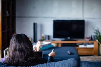 Entretenimento que diverte, informa e bota a cabeça para refletir, conheça as produções conectadas com os fatos mais recentes