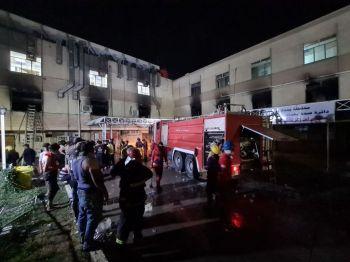 Outras 110 pessoas ficaram feridas no Hospital Ibn al-Khatib; O fogo começou depois que tanques de oxigênio explodiram no local