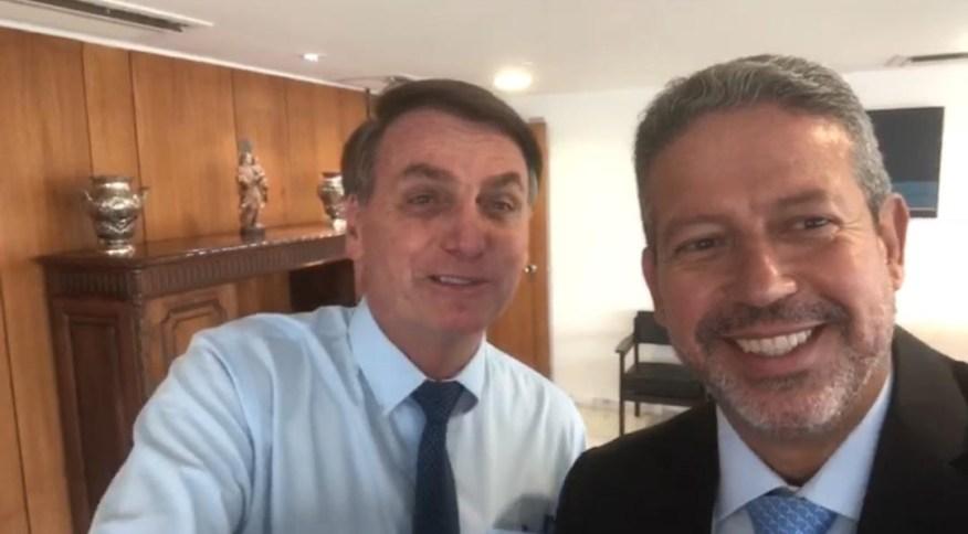 Bolsonaro com o líder do PP na Câmara, deputado Arthur Lira (PP-AL)