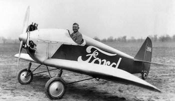 Por necessidade em tempos de guerra ou buscando novas oportunidades de negócios, grandes nomes da indústria automobilística se aventuram na construção de aviões